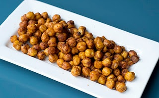 Baked chickpeas. Can't wait to try thisChickpeas Secret, Secret Recipe, Healthy Snacks, Baking Chickpeas, Spicy Chickpeas, Recipe Club, Baking Spices, Favorite Recipe, Spices Chickpeas