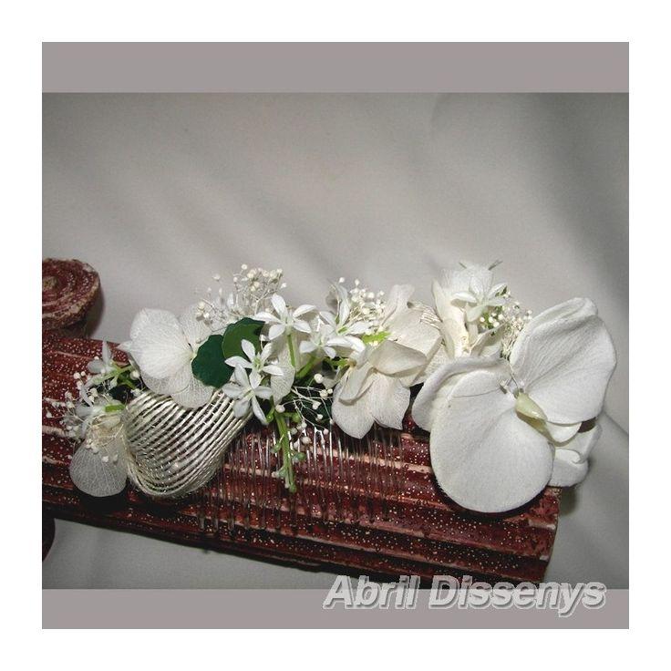 Tocado para Novias con Orquídea Blanca