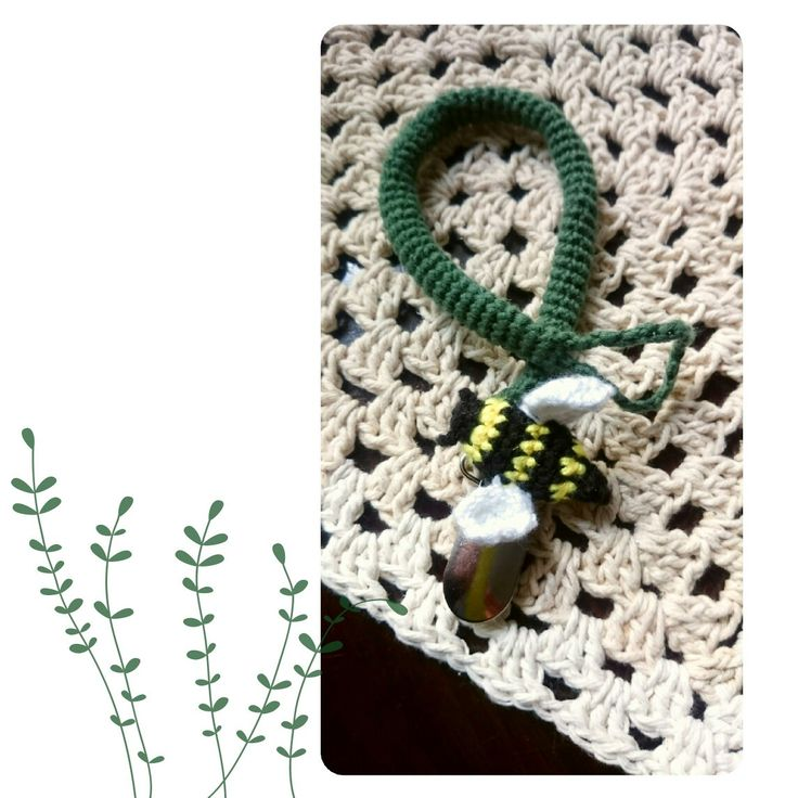 Bee dummy clip /pacifier clip 🐝🐝🐝