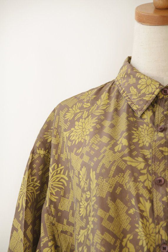 Mens silk shirt. Tan yellow shirt. Mens 80s by ForestHillTradingCo