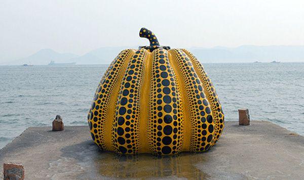 Pumpkin-Yayoi-Kusama