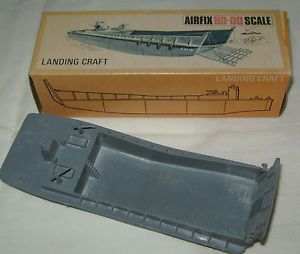 7 DAY EBAY AUCTION - Vintage Boxed AIRFIX HO/OO Model WWII Marine Troop Carrier Landing Craft Boat