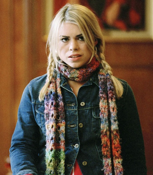 "The Worsted Crochet Blog: Rose's Scarf from ""Boomtown"" (Doctor Who: Season 2) (Pattern review from a free pattern link, and pictures on how it turns out!)"