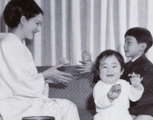 Miss Honoria Glossop: Crown Princess (now Empress) Michiko with Princess Sayako and (now Crown) Prince Naruhito