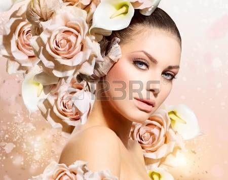 acconciature: Moda Bellezza Modello Ragazza con i fiori Sposa Capelli