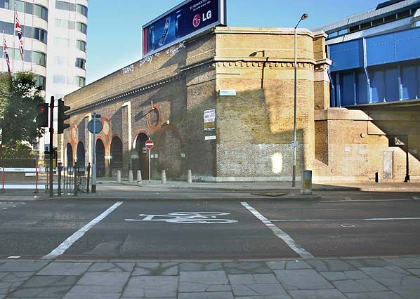 Disused Stations: Blackfriars Bridge Station