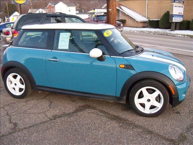Mini Cooper Colors >> Oxygen Blue. One of my favorite Mini colors | Cars but mostly Mini Coopers :) | Pinterest ...