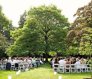 Geef elkaar het jawoord op onze prachtige trouwlocatie nabij Utrecht. Ook voor receptie, culinair diner en spetterend feest met overnachting in de bruidssuite toe.