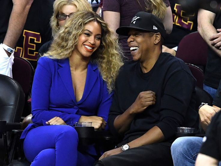 Beyoncé and Jay Z Cuddle Close During Sweet Date at NBA Finals| Around the Web, Beyonce Knowles, Jay-Z, Stephen Curry