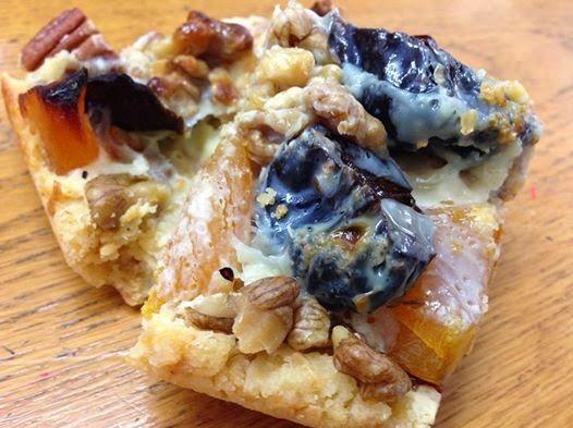 Kiwi Cakes: Grandma Kiwicakes slice