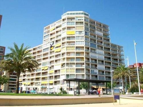 Apartamentos Infante Gand�a These bright and functional apartments are set on the seafront promenade in front of Gandia Beach. They offer a shared outdoor children and adult swimming pool, tennis courts.