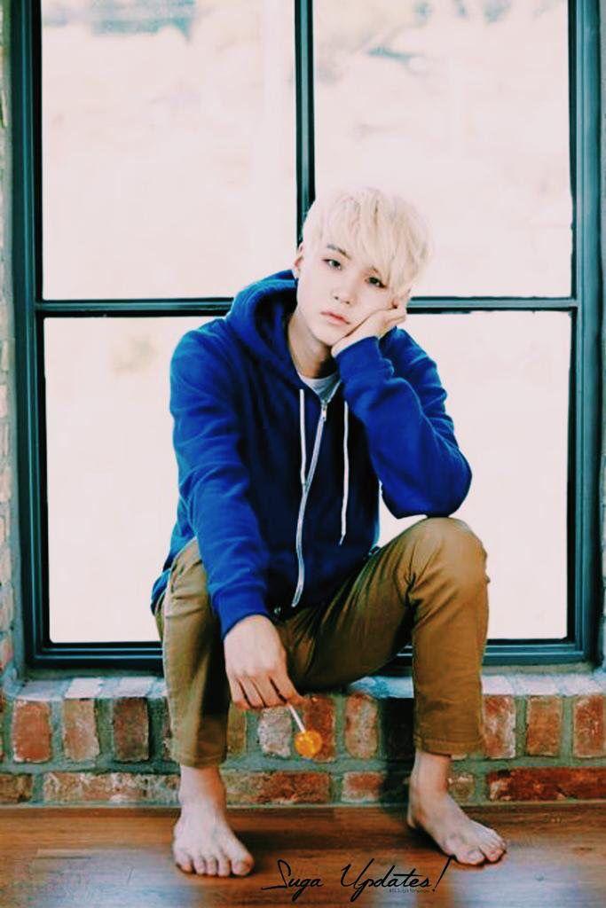 BTS 2016 Season\u0027s Greeting . OMG he looks like Jack Frost! Ahhh\u003e\u003e\u003e\u003e ugh my  baby looking so fine