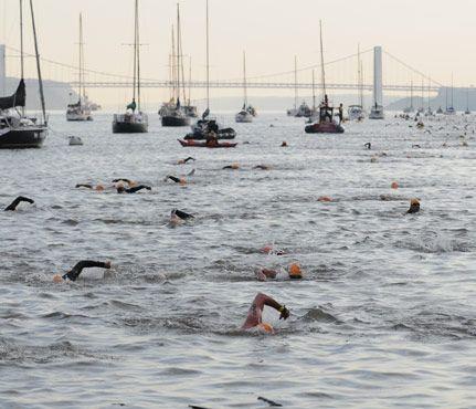 Best Triathlons for Beginners: Aquaphor New York City Triathlon in New York, NY #SelfMagazine