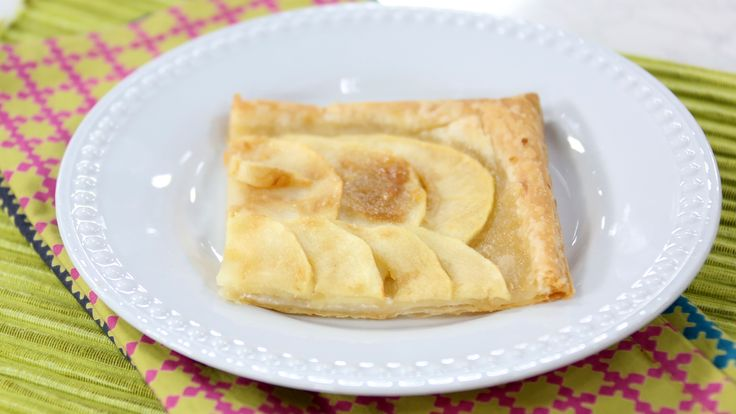 Two easy and elegant apple desserts