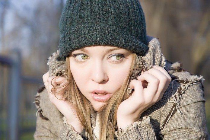 Yaygın anksiyetebozukluğu için halk arasında kuruntu, vesvese veya evham hastalığı diyebiliriz. Kuruntu ya da tasalanma, her insanın kendi kafasında oluşturduğu korku ya da kötü bir şey olacağını düşündüğü olayın gerçekleşebilme ihtimaline karşı bedeninde oluşan titreme, nefes almakta...   http://havari.co/son-gunlerde-sikca-duydugumuz-anksiyete-kaygi-bozuklugu-nedir-siz-ve-biz-blog/