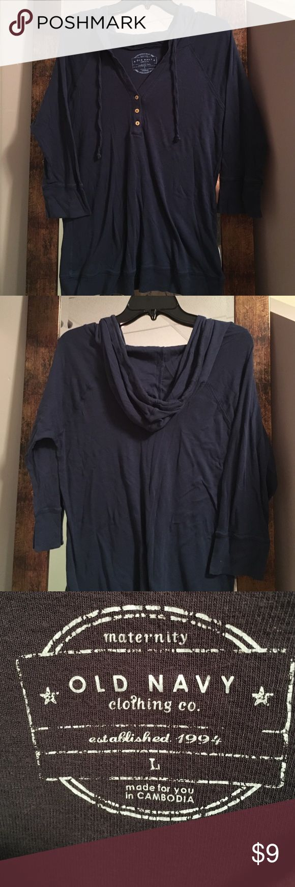 OLD NAVY maternity size L hooded long sleeve tee OLD NAVY maternity size Large hooded long sleeve tee Old Navy Tops Tees - Long Sleeve