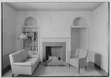 photo-emily-abbey-hall-mount-holyoke-college-south-hadley-massachusetts.-library_25343170.jpeg (355×251)