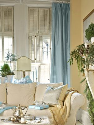 Blue and white: Cottages Living Rooms, White Living, Yellow Wall, Color Schemes, Decoration, Livingroom, Blue Curtains, House, Shutters