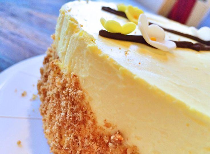 Sauer macht lustig! :-) Und Kuchen macht ohnehin immer gute Laune, also quasi doppelt gut, so eine Zitronentorte. Die Creme enthält ganze 150 ml richtigen