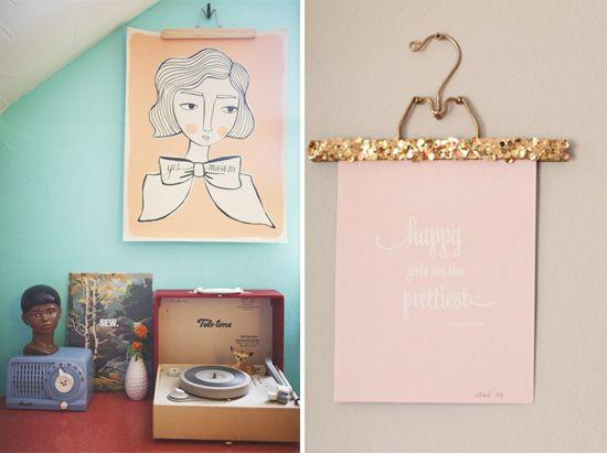 5 Creative Ways To Hang Artwork Without A Frame   U003e Sparkle Hanger!