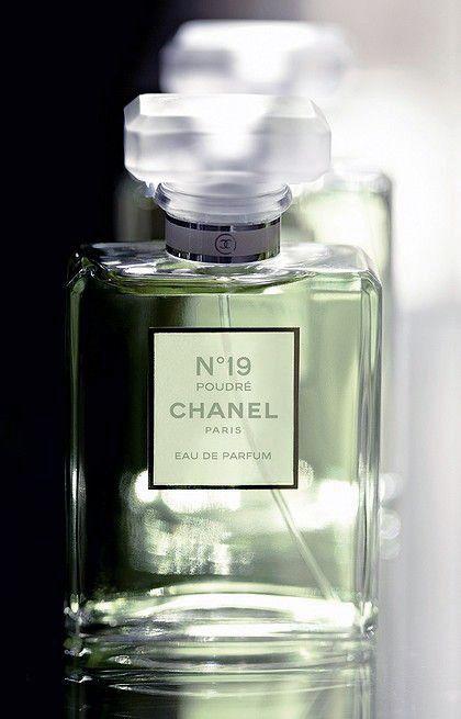 chasingrainbowsforever:Chanel No. 19 Eau de Parfum