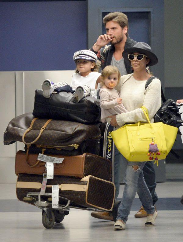 Kourtney Kardashian & her family on vacation