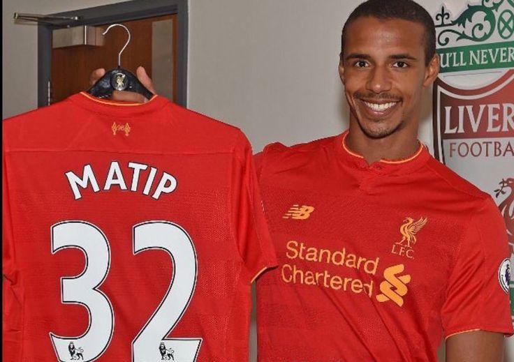 Liverpool renforce sa défense avec la signature de Joel Matip, ancien défenseur de Schalke 04. Le transfert n'a rien coûté aux Reds, puisque M