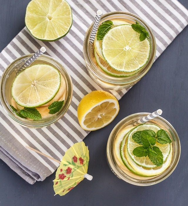 Cold drinks are essential for hot days! Sparkling iced apple tea keeps ...