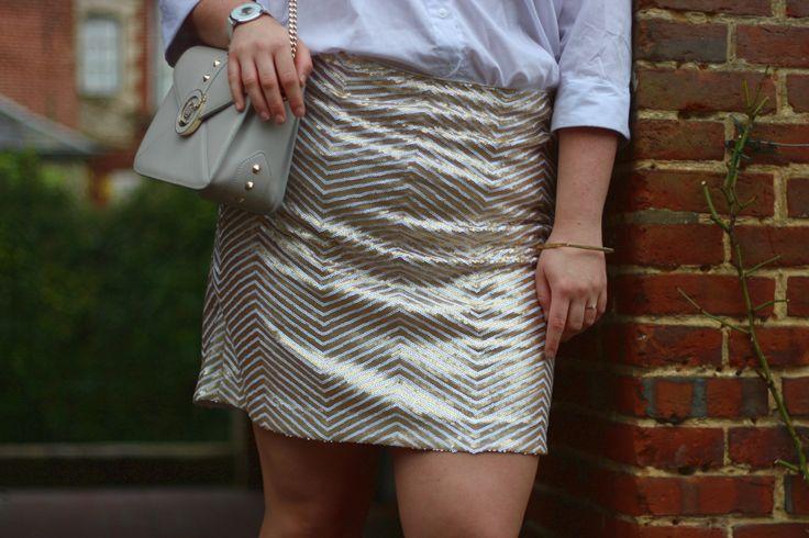 Plus size party wear http://anaispenelope.blogspot.fr/2015/12/french-curves-29-paillettes.html