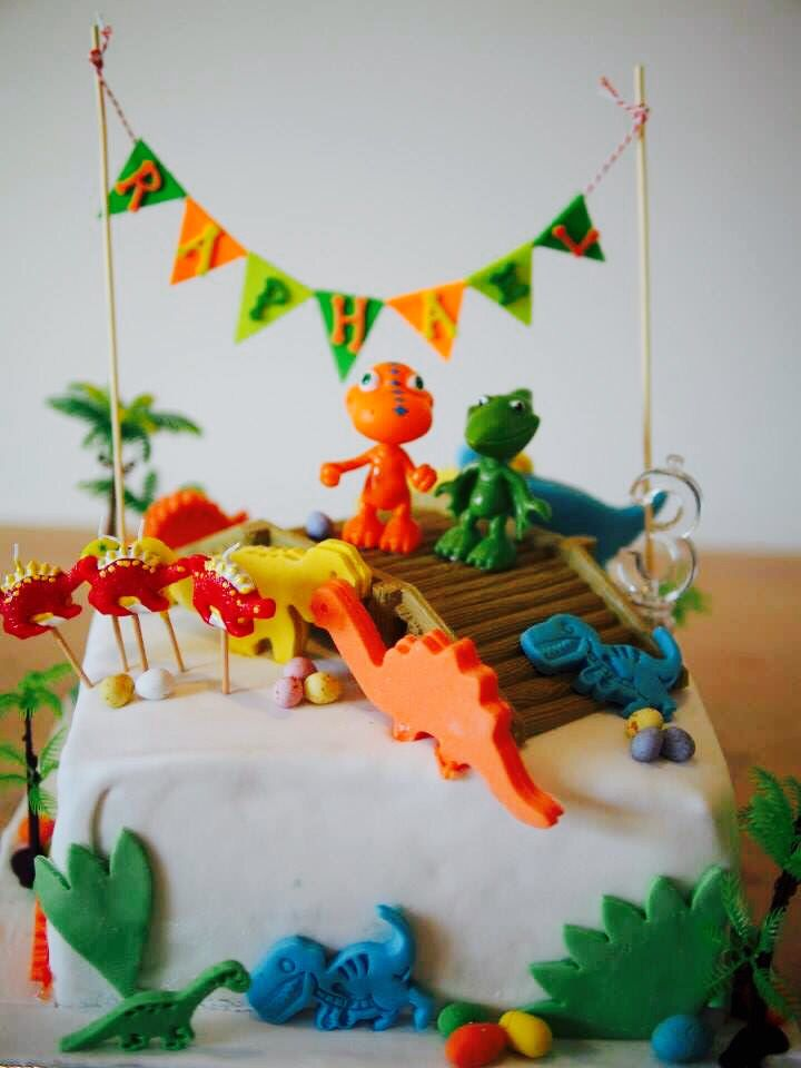 Dinosaur Train Birthday Cake with Buddy and Tiny