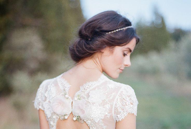 Idée coiffure pour mariée , Chignon bohème avec headband