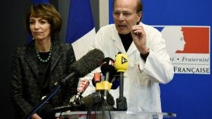 French drug trial participant dies, others hospitalized
