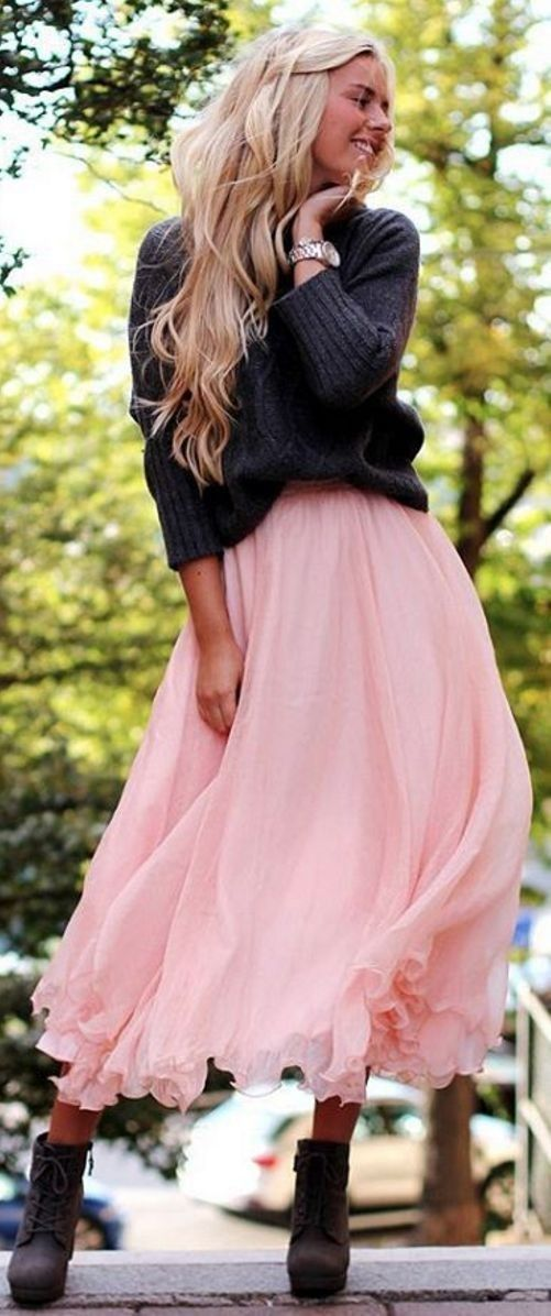 #spring #summer #street #style #outfitideas |Grey Knit + Pink Tulle