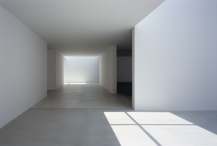 Gallery of Photographer's Weekendhouse / Shin Ohori - General Design - 8 This photo is an example of negative SPACE by showing an empty room. The light from the windows is CONTRASTING with the darkness of the room. The light VALUES contrasts with the dark VALUES.