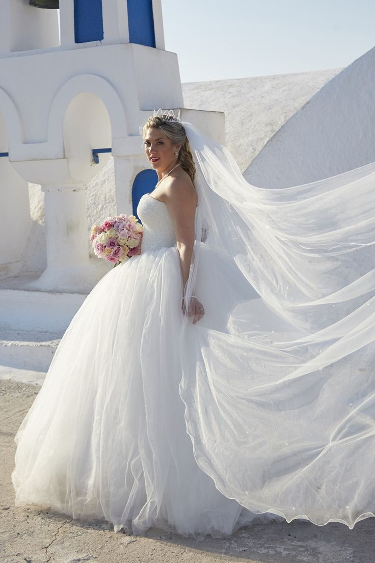 Photography, Veils, White, Bouquet, Smile, Joy, In Love, Moments, Happy, Blue And White, Domes, Art, Santorini Weddings