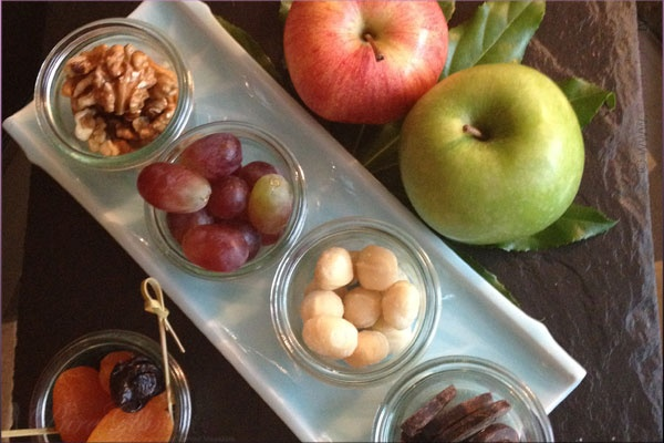 Healthy fruits and nuts at my suite in Berlin - Westin Grand Hotel Munich – Starwood Hotel – Review und Report