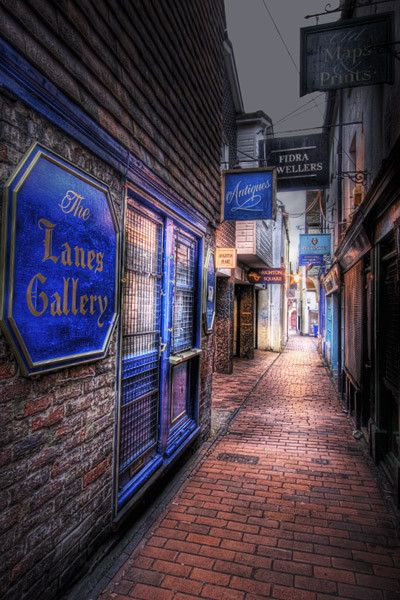 The #Lanes in #Brighton, Sussex, UK are a maze of little lanes with many antique shops, restaurants and small independent shops, great place to visit