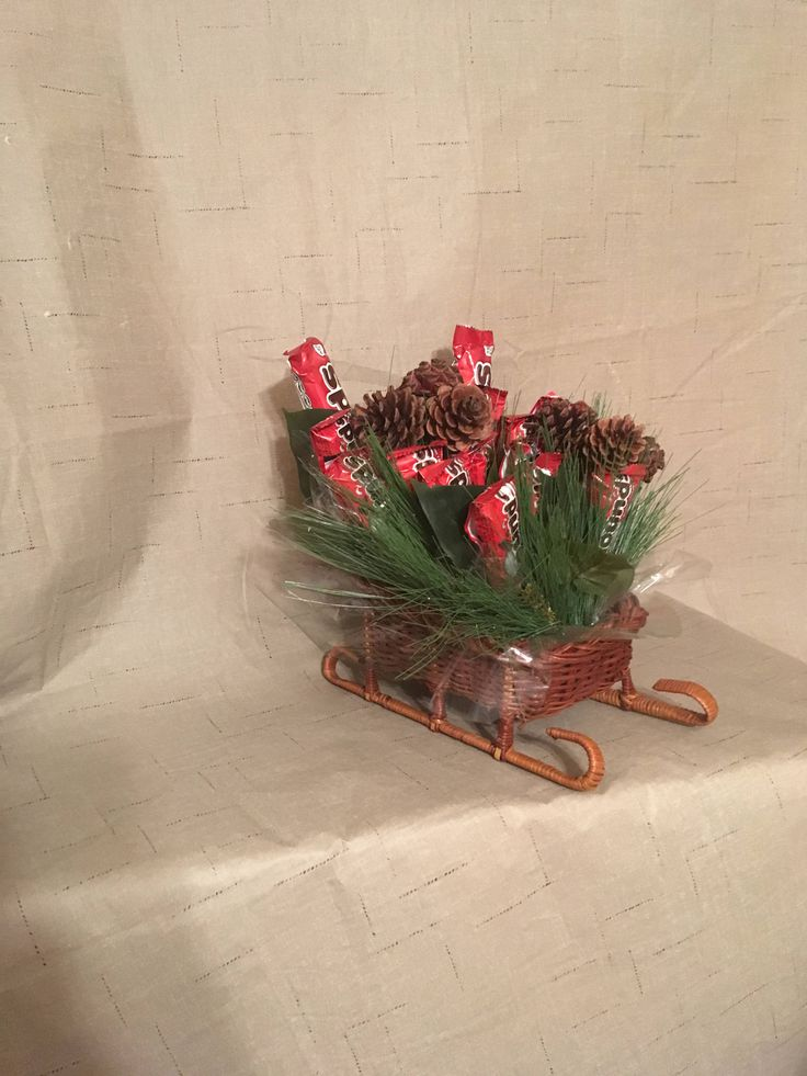 Holiday Candy Bouquet - Candy Bouquet Gift Arrangement - Mounds Candy Bars - Christmas Gift - Chocolate - Hostess Gift - Teacher Gift by byShellie on Etsy