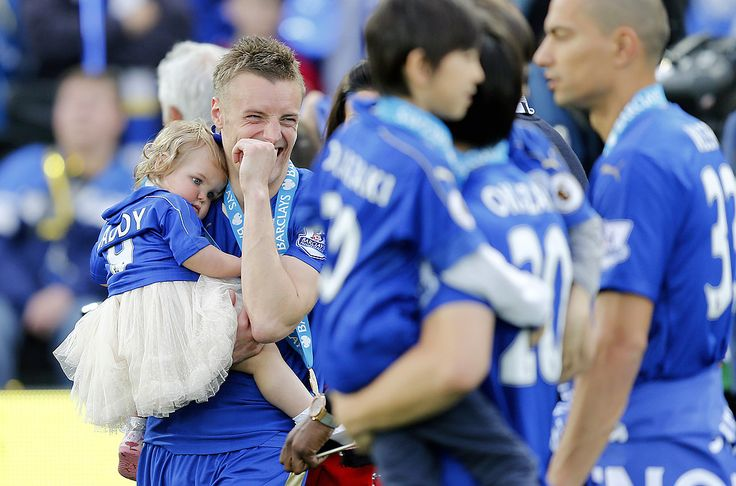 PL Champion Jamie Vardy with his daughter Sofia