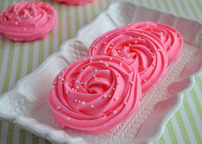 Rozen schuimpjes - Laura's Bakery