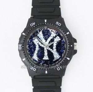 MLB New York Yankees image round black plastic men's watch-packaged perfectly to give as gifts for Christmas, Thanksgiving and birthday by JoyMore: Birthday gift