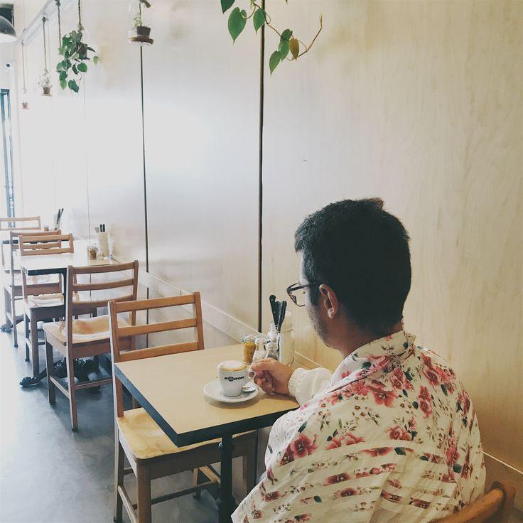MONDAY MORNING VIBES at Le Café Crème MTL