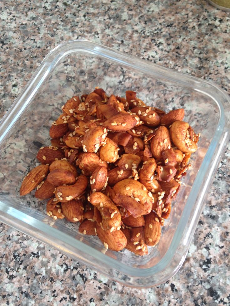 Smoky and Spicy Nut and Sesame Seed Blend