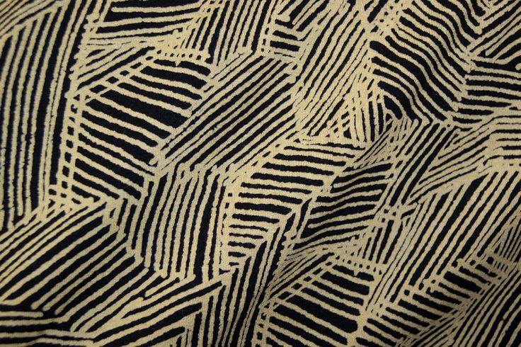 NB 14/15 5064-34 Tricot fantasie streepjes zwart/maisgeel