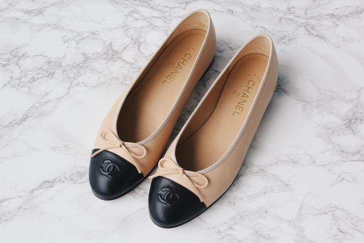 Chanel Flats / Ballerinas beige saansh.com