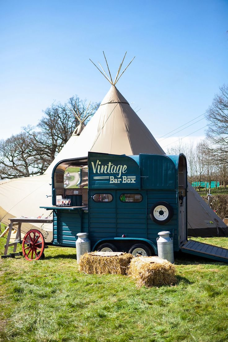With So Much Innovative And Alternative Inspiration For Wedding Catering Options Couples Are Opting New Food Ideas Whether You Planning A
