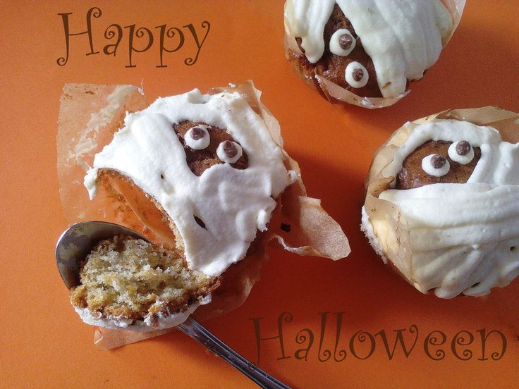Mumie – muffinki dyniowe z serkiem Philadelphia PRZEPIS