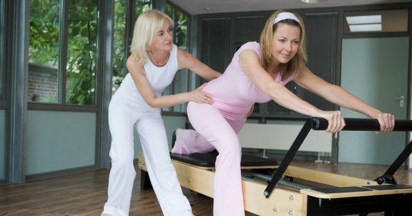 Pilates: aiutati con il Reformer  Questo metodo parte dalla concentrazione e dall'allenamento di corpo e mente insieme verso lo stesso obiettivo. Ma una cosa è fondamentale: il pensiero positivo.
