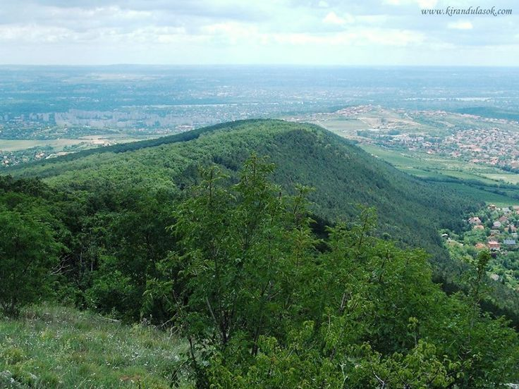 """Az """"Ezüst-hegy"""" – itt: Pilisborosjenő. Hungary"""
