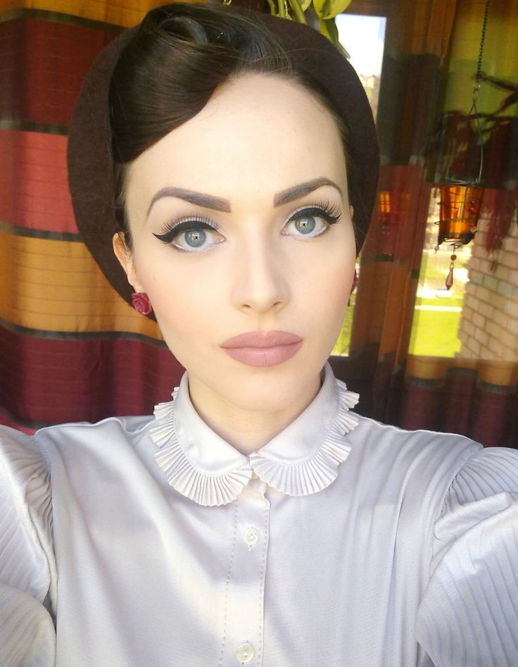 Idda van Munster... beautiful make up, as always!